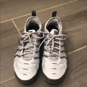 Nike Air Vapormax Plus excellent cond. 7 M/8.5 W